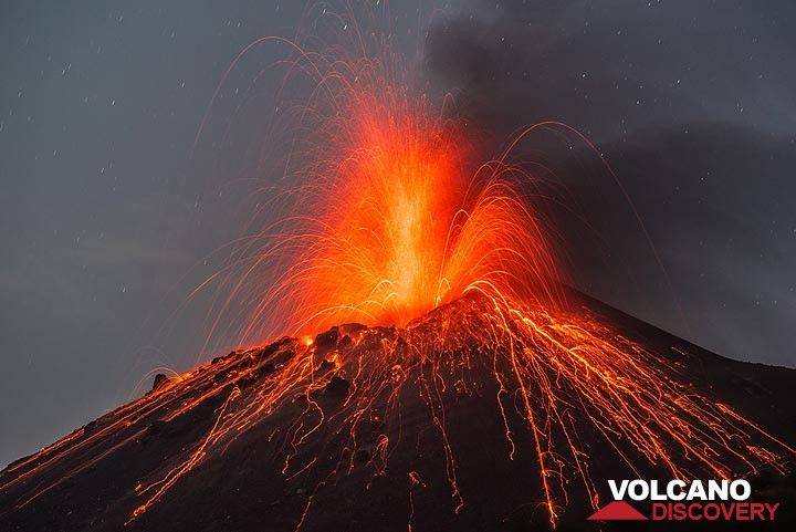 Krakatau volcano, Indonesia: eruption Oct 2018