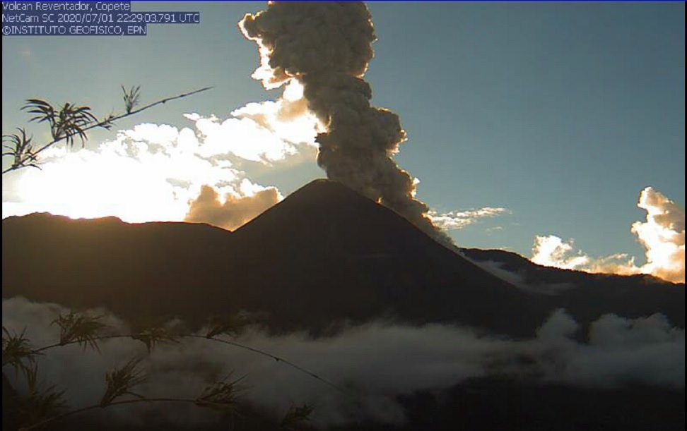 Eruption column and small pyroclastic flows from Reventador volcano yesterday (image: IGEPN)