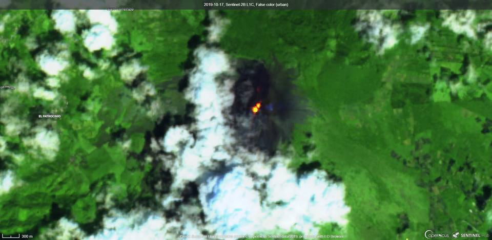 Visible lava flows from satellite (image: Sentinel)