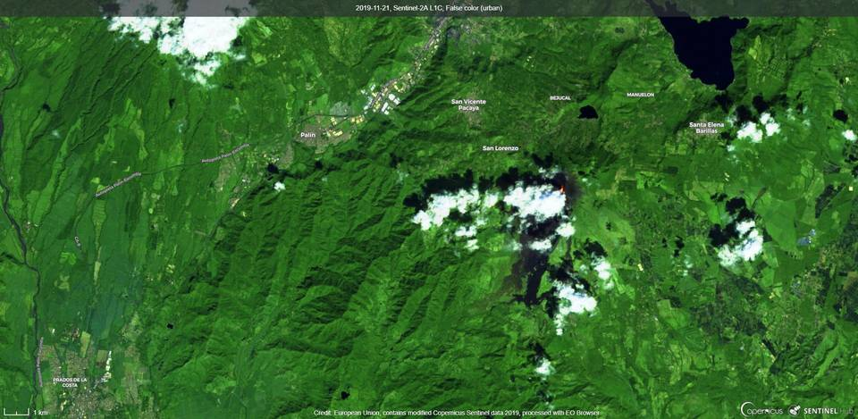 Visible lava flows from Pacaya volcano (image: Sentinel 2)