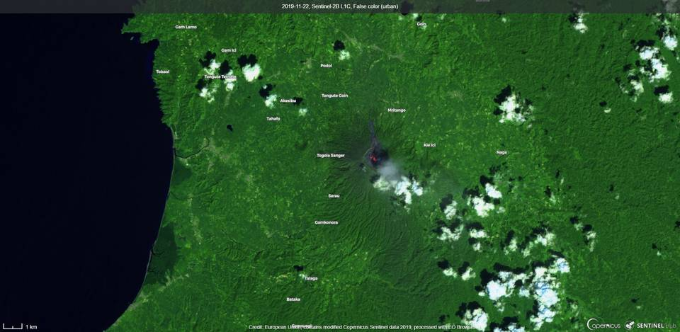 Ash plume and incandescence visible from Ibu volcano (image: Sentinel 2)