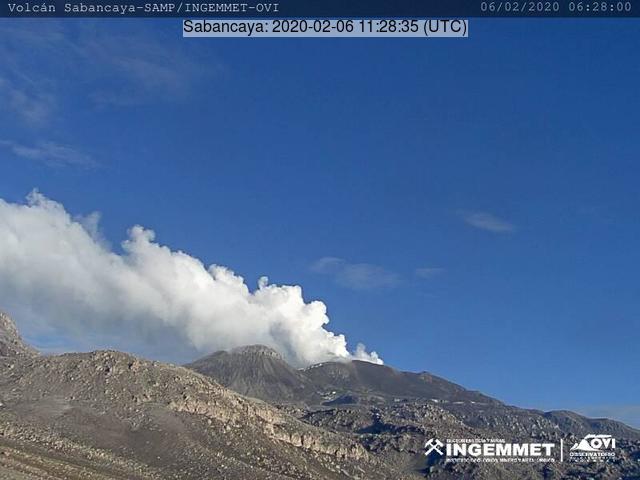 Steam laden plume from Sabancaya volcano (image: IGP)