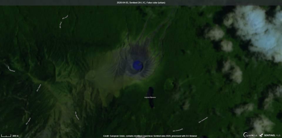 Rincon de la Vieja volcano from satellite (image: Sentinel 2)