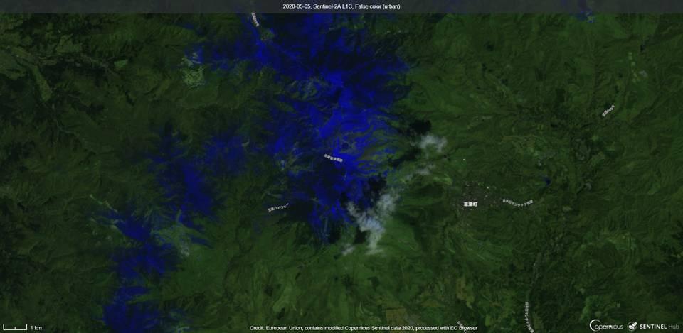 Kusatsu-Shirane volcano from satellite (image: Sentinel 2)