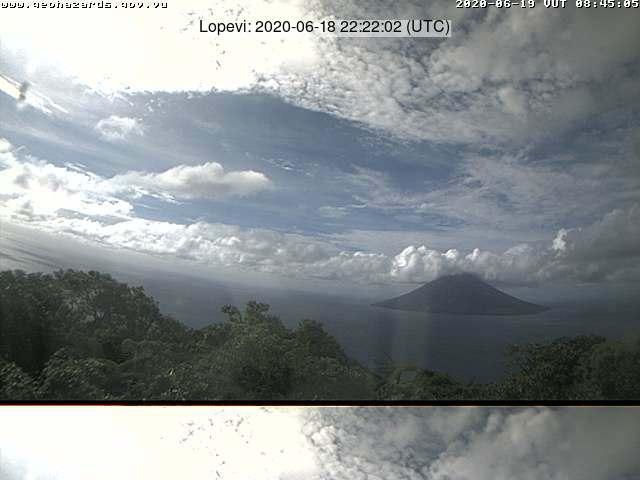 Lopevi volcano on 18 June (image: Saratamata Tower webcam)