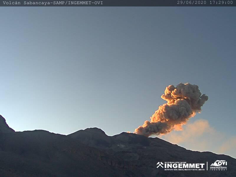 Ash emissions from Sabancaya volcano on 29 June (image: INGEMMET)