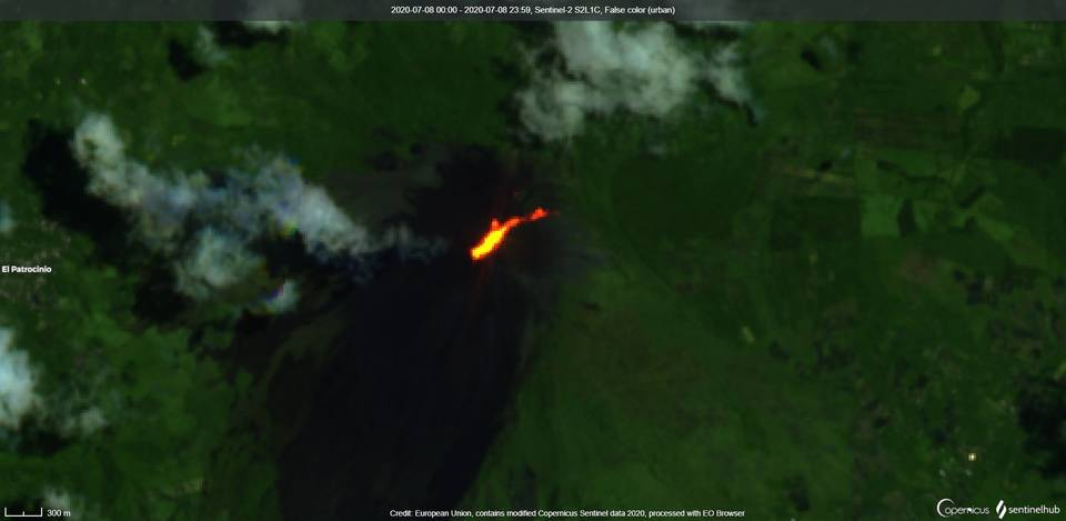 Lava flow on the northeast flank from Pacaya volcano from satellite (image: Sentinel 2)