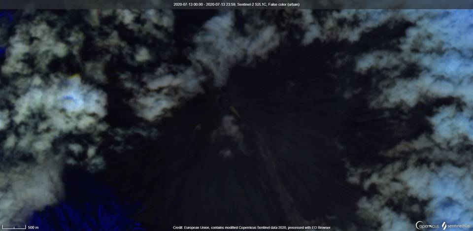 Weak thermal anomaly visible from satellite (image: Sentinel 2)