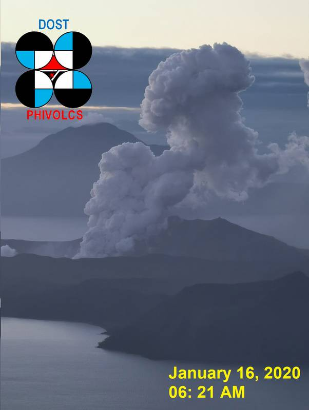 An ash plume from Taal volcano today (image: PHIVOLCS)
