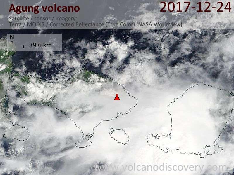 Satellite image of Agung volcano on 24 Dec 2017