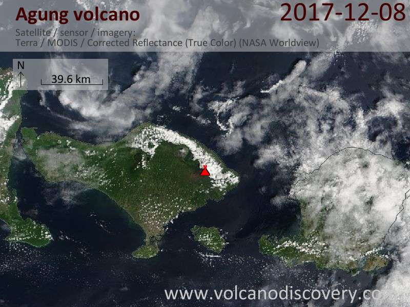 Satellite image of Agung volcano on  8 Dec 2017