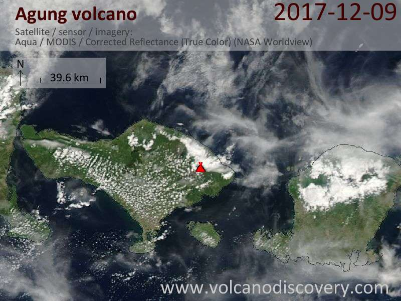 Satellite image of Agung volcano on  9 Dec 2017
