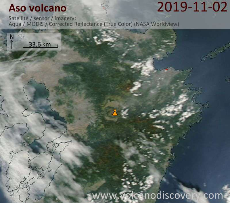 Satellite image of Aso volcano on  3 Nov 2019