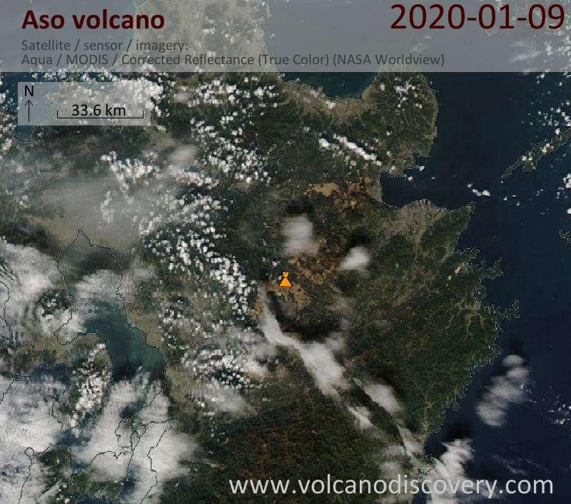 Satellitenbild des Aso Vulkans am 10 Jan 2020
