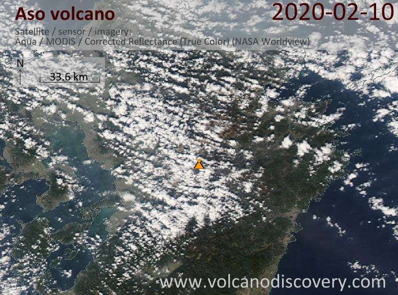 Satellitenbild des Aso Vulkans am 11 Feb 2020