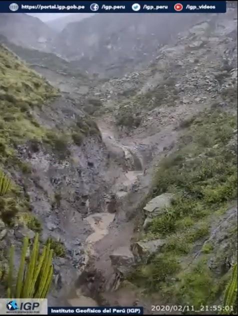 Traveled lahar down the SE flank from Ubinas volcano (image: IGP)