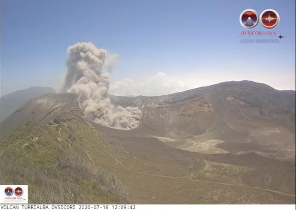 Ash plume from Turrialba volcano yesterday (image: OVSICORI)