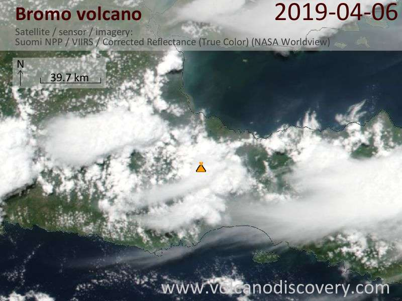 Спутниковое изображение вулкана Bromo  6 Apr 2019