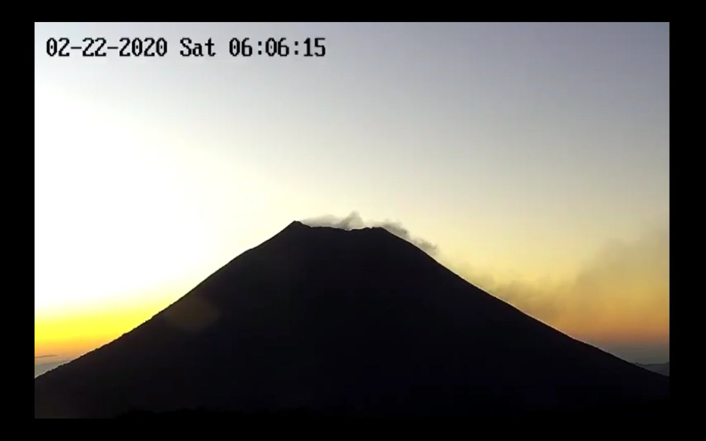 A gas plume from San Miguel volcano (image: Twitter)