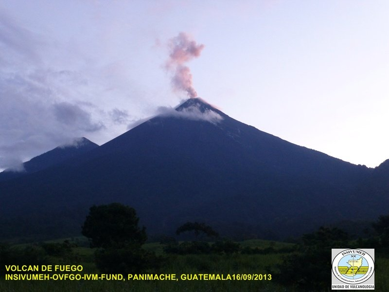 Fuego this morning (INSIVUMEH)