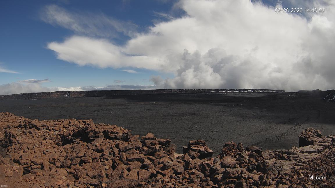 Mauna Loa caldera, image captured from HVO's MLcam (C) U.S. Geological Survey