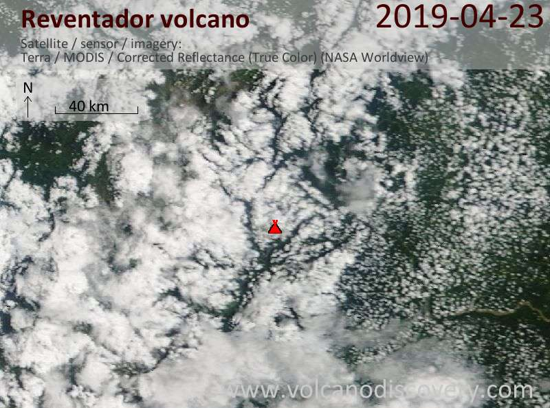 Satellitenbild des Reventador Vulkans am 23 Apr 2019