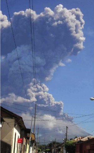 Eruption of San Cristobal volcano early this morning (image courtesy: INETER)