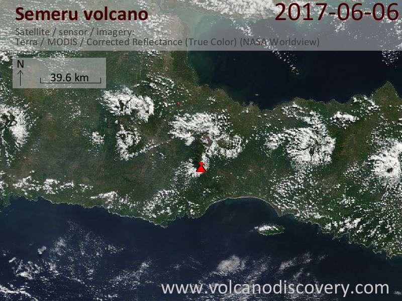 Satellite image of Semeru volcano on  7 Jun 2017