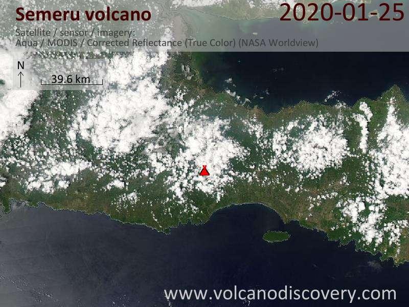 Satellitenbild des Semeru Vulkans am 25 Jan 2020