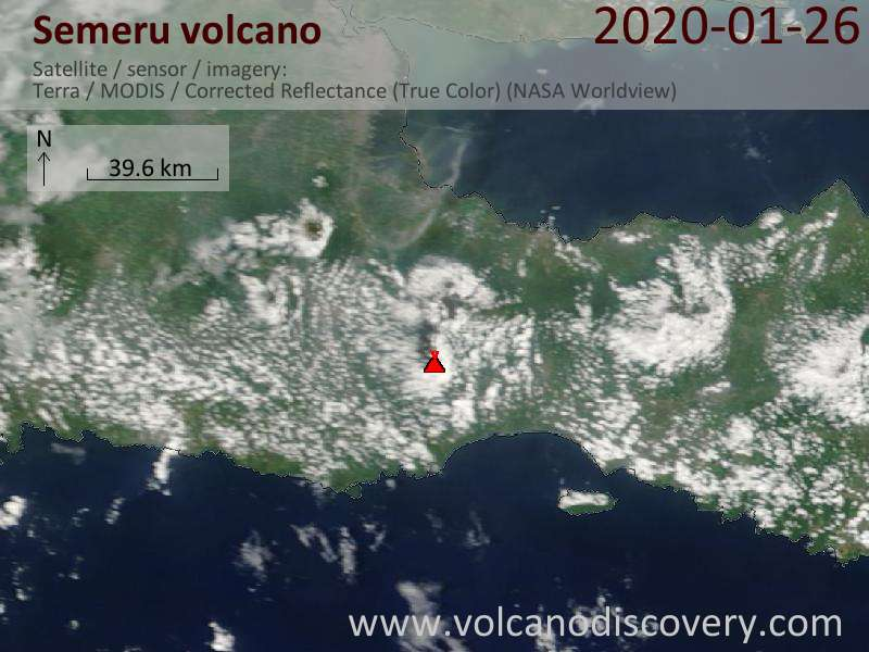 Satellitenbild des Semeru Vulkans am 26 Jan 2020
