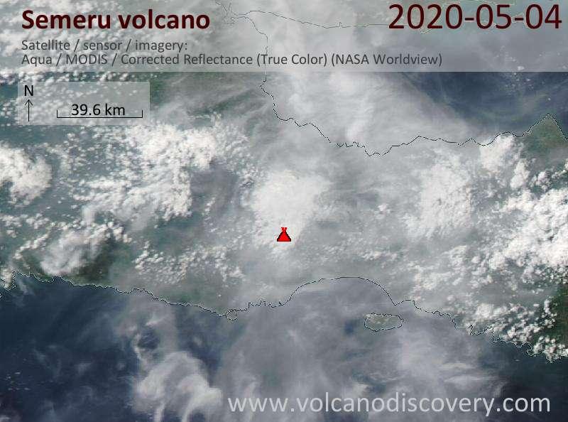 Satellite image of Semeru volcano on  5 May 2020