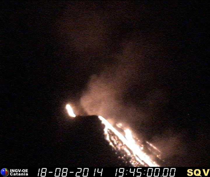 Lava flow on Stromboli this evening (INGV Sciara del Fuoco webcam)