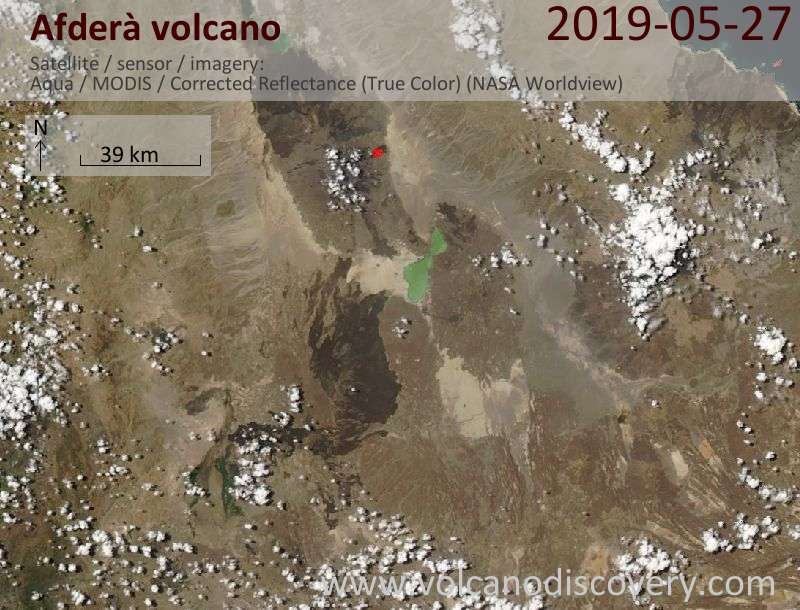 Satellite image from Afdera Lake, the volcano of the same name (east) and the Erta Ale Range north of it with active Erta Ale volcano (red dot), on 27 May 2019. No evidence of the reported new eruption can be seen.