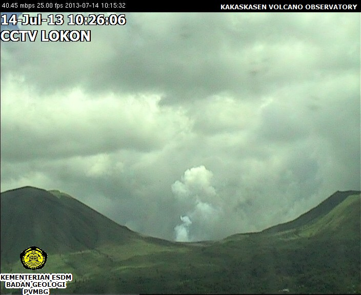 Lokon volcano seen from the webcam today