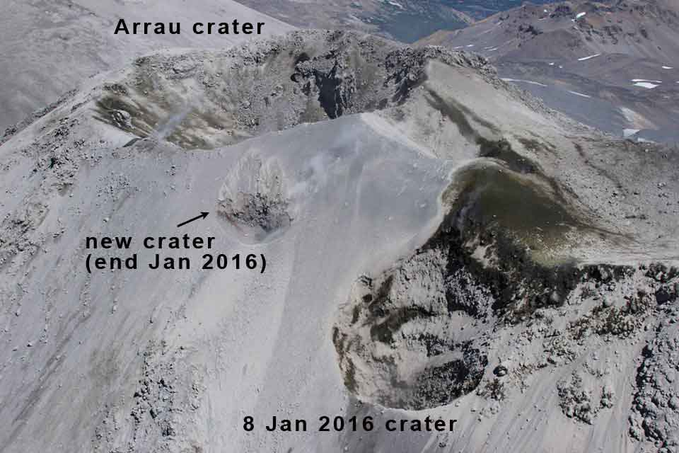 Aerial view of Nevados de Chillán volcano's Arrau crater on 30 Jan 2016 (SERNAGEOMIN)