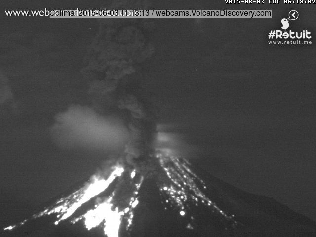 Strong explosion at Colima this morning (webcams de Mexico)