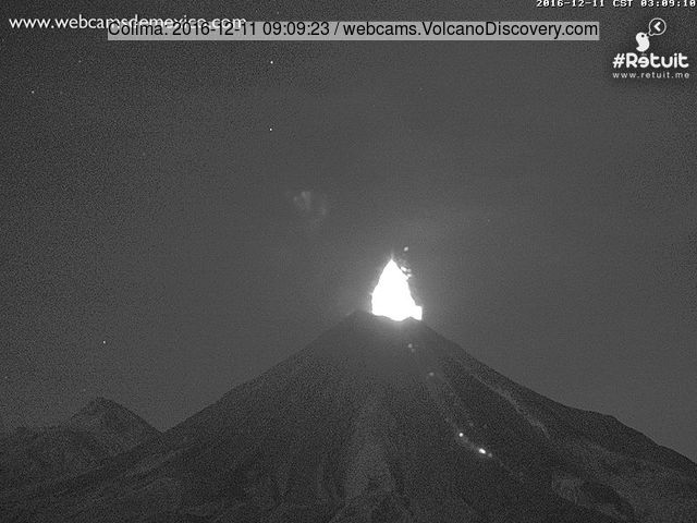Vulcanian explosion at Colima this morning (image: Webcams de Mexico)