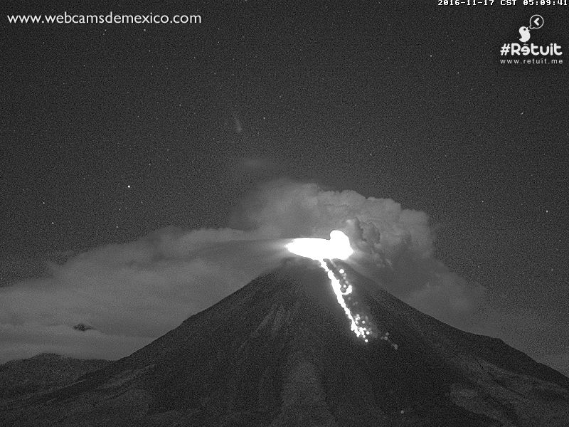 Colima's new lava flow on the southern flank seen this morning