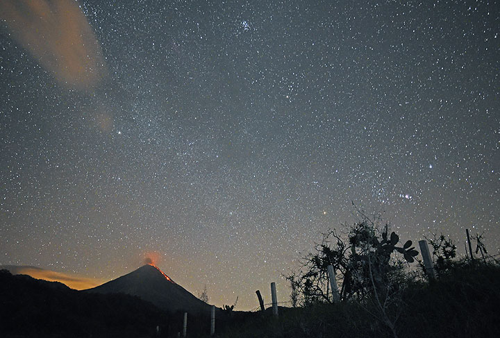Colima with its active lava flow last night seen from the SW