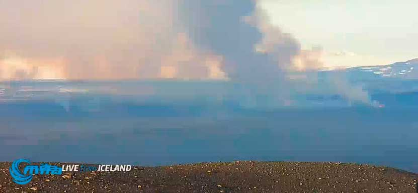 Webcam view of the eruption this morning (Mila webcam)
