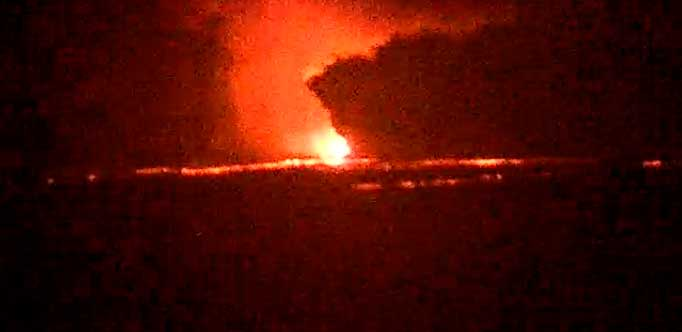 Webcam view of the eruption this evening (Mila webcam)