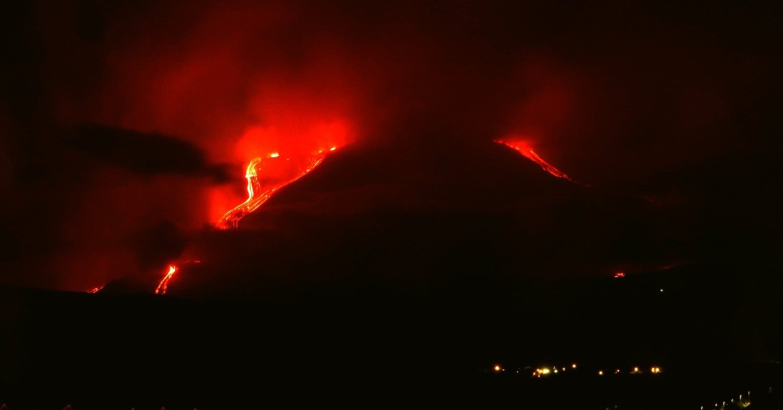 Планета за неделю - землетрясения) и вулканы (активность выросла на обоих