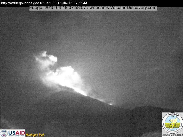 Lava flow on Fuego early on 18 April 2015