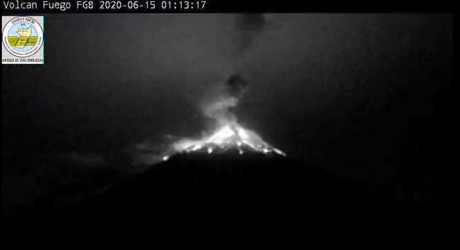 Scoria and ash plume from Fuego volcano tonight (image: INSIVUMEH)