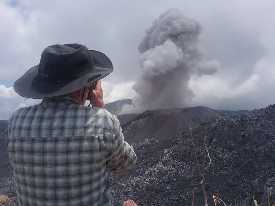 Small strombolian explosion at Ibu yesterday
