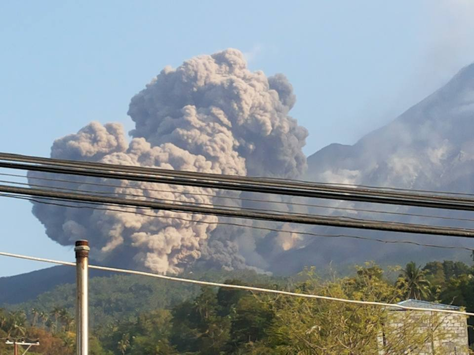 Ash plume from what could be a new lateral vent at Karangetang (image: via Benny Saerang)