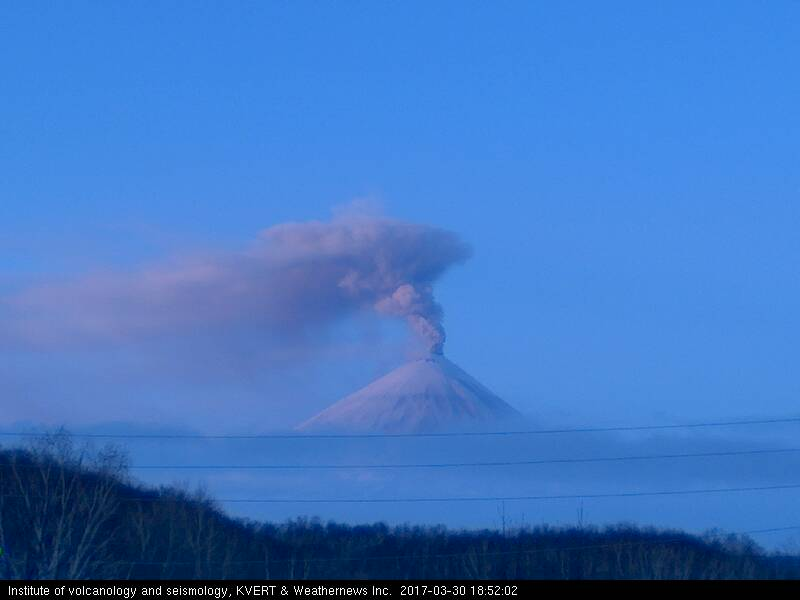 Ash plume from Klyuchevskoy volcano on 31 March 2017 (image: IVS/KVERT webcam)