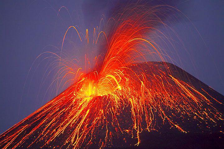 Eruption on Anak Krakatau