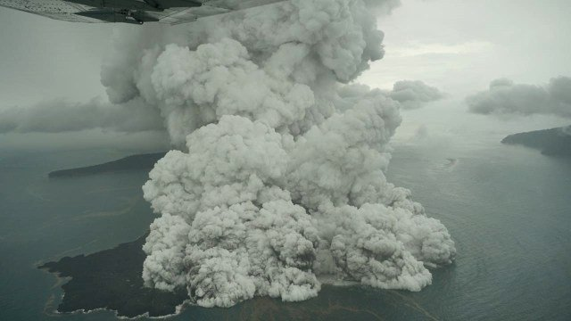 Steam and ash explosions at Krakatau seen this morning (Image: Dicky Adam Sidiq/kumparan)