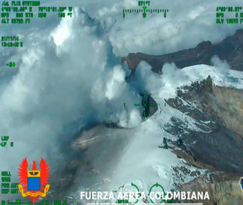 Aerial image of Nevado del Ruiz on 24 Nov 2014 (INGEOMINAS)